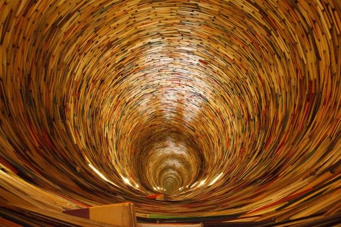 book-tunnel-11287160032j7BO