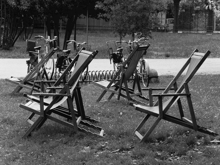 deck-chairs-2009378_1920